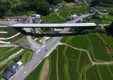 九州横断道(嘉島~山都)北中島橋床版工工事
